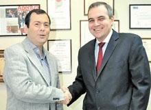 Gustavo Ick junto al gobernador Gerardo Zamora
